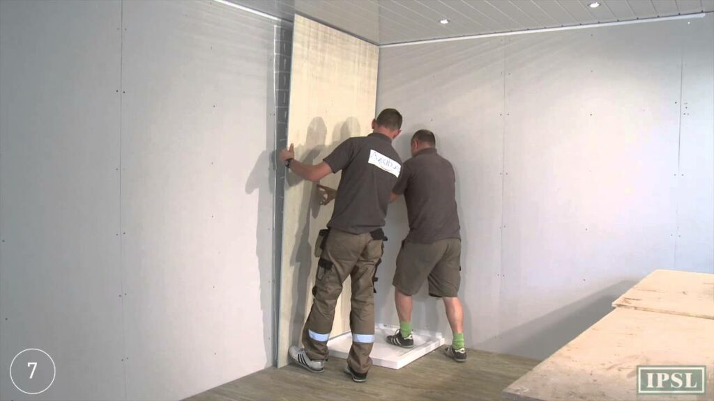 Laminate walls to have a tough panel